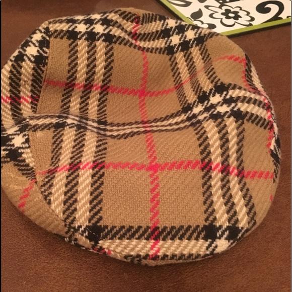 fee1d6c7e787b Burberry Other - Men s vintage BURBERRY authentic newsboy hat.